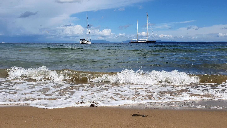 calamita-beach1.jpg