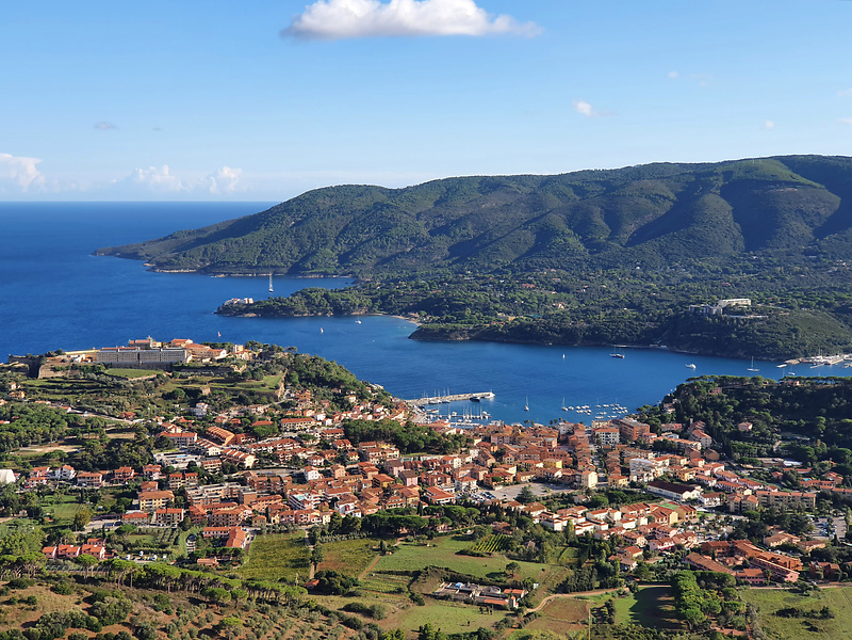 portoazzurro-town1.jpg