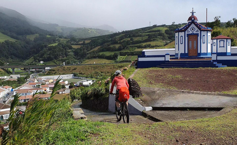 aguapau-town1.jpg