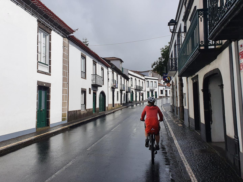 aguapau-town3.jpg