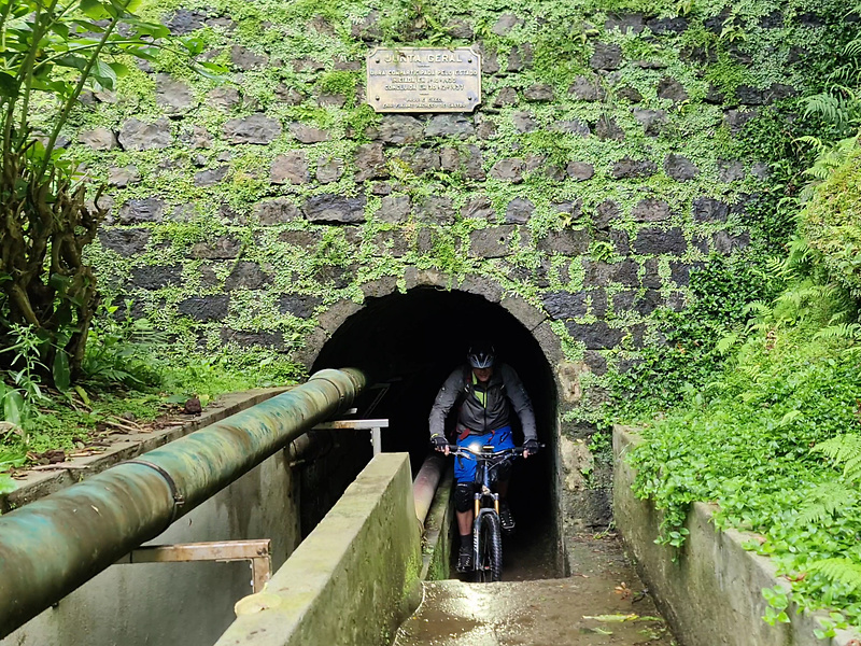 setecidades-tunnel5.jpg