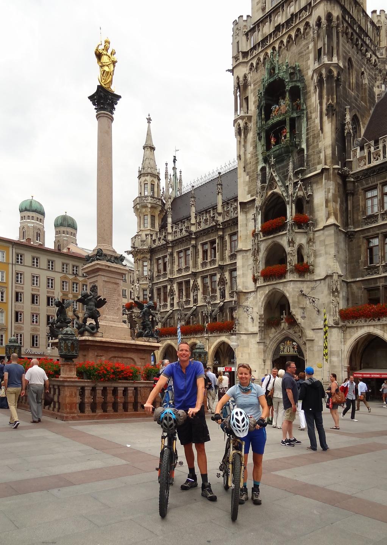 munich-marienplatz.jpg