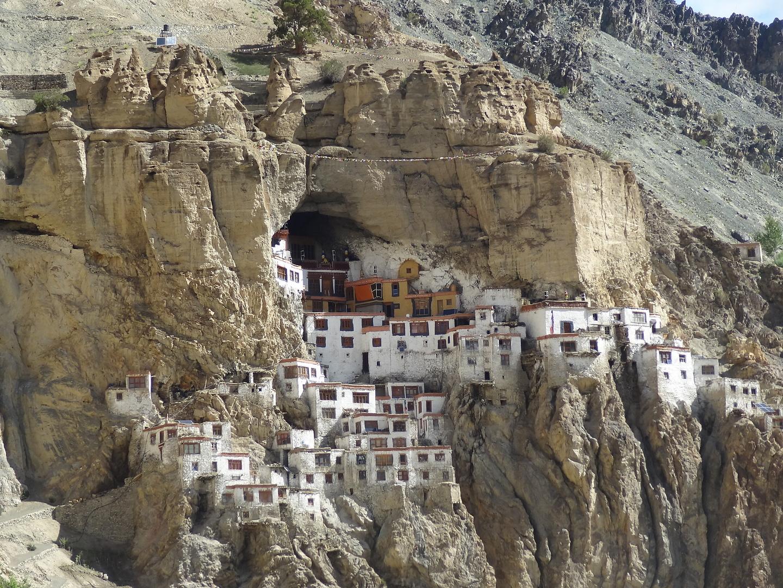 phuktal-monastery3.jpg