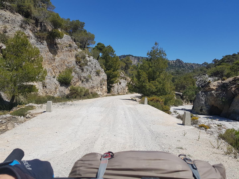 albunuelas-road1.jpg