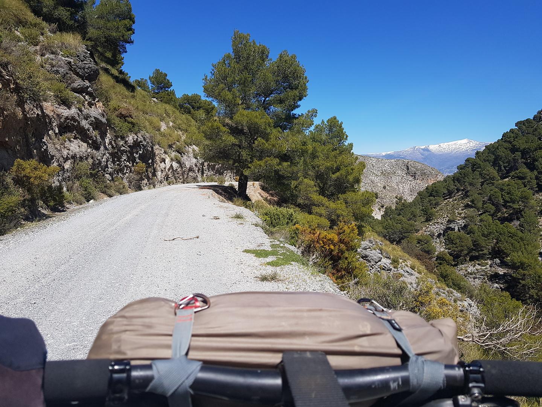 albunuelas-road2.jpg