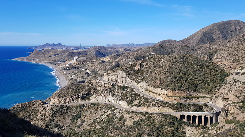 carboneras-road3.jpg