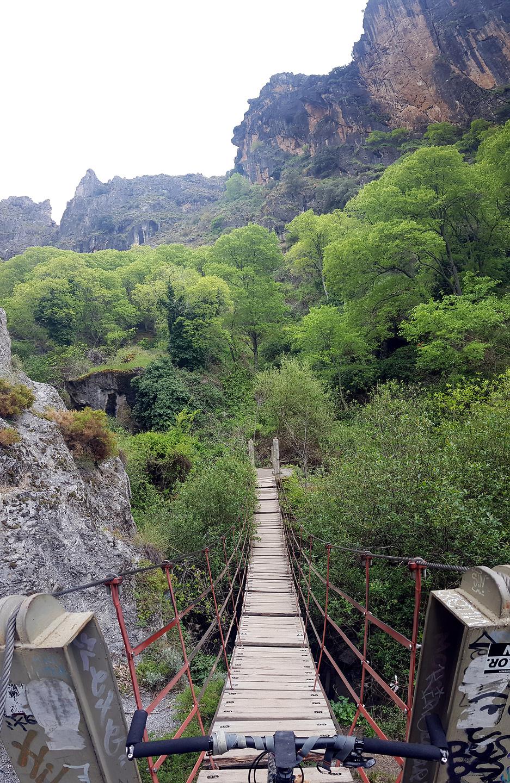 monachil-canyon2.jpg