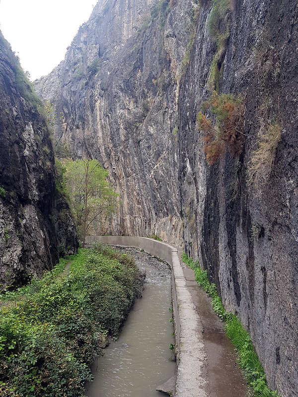 monachil-canyon5.jpg