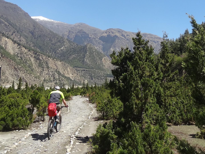 tukuche-trail6.jpg