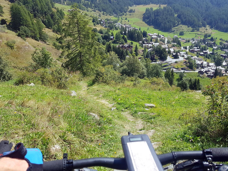 cheneil-trail2.jpg
