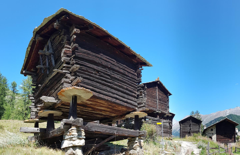 zermatt-oldhuts1.jpg